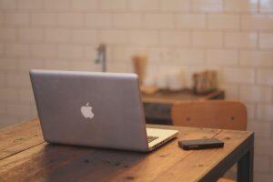 内向型におすすめ副業ブログの始め方