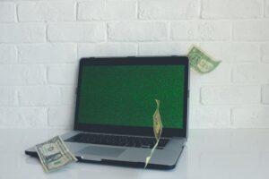 ブログで稼ぐためにツールを活用しよう